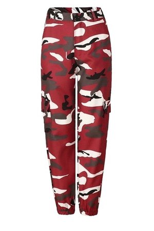 •• Red Camouflaged Pants ••