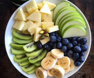 Cute breakfast discovered by Simplemente Paula