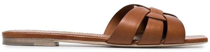 brown Nu pieds flat woven leather sandals