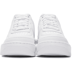 NIKE WHITE SNEAKER SHOES PNG
