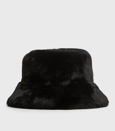 Black Faux Fur Bucket Hat | New Look