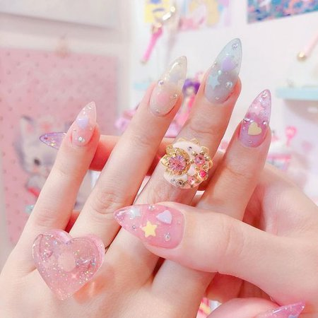 Kawaii Sheer Colored Nails