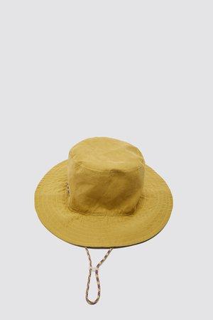 BUCKET HAT WITH CHIN STRAPS | ZARA International