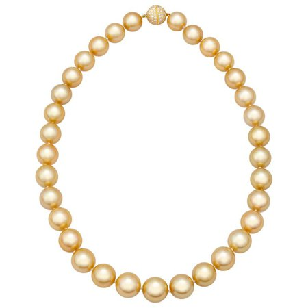 South Sea Golden Pearl Necklace For Sale at 1stdibs