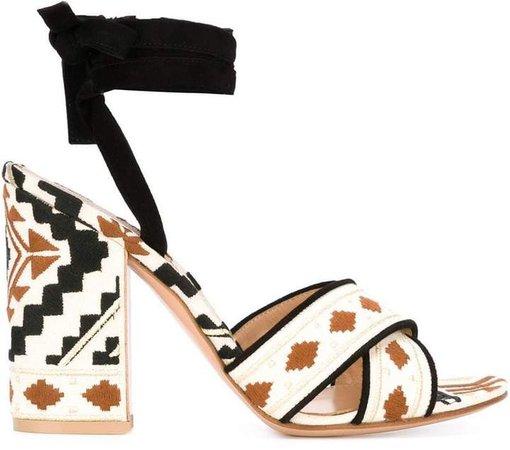 'Cheyenne' sandals