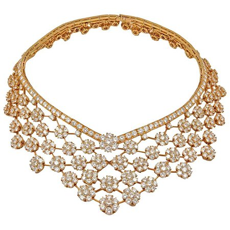 Van Cleef and Arpels Diamond 75 Carat Snowflakes Necklace For Sale at 1stdibs
