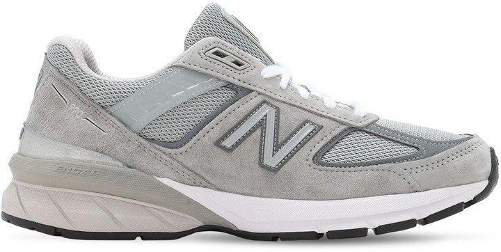 990 Sneakers