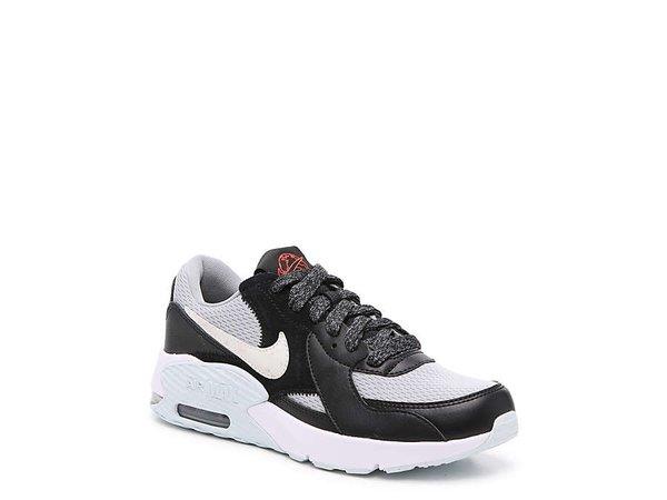 nike Nike Air Max Axis Sneaker - Women