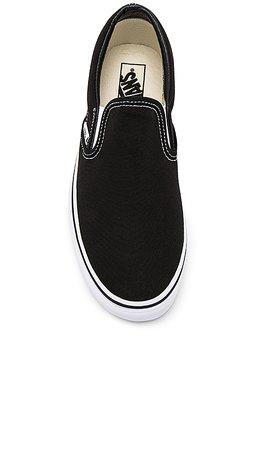 Vans Classic Slip On in Black | REVOLVE