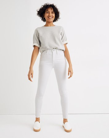 Curvy High-Rise Skinny Jeans in Pure White