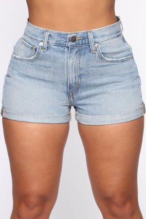 That's Not What Mama Said Denim Shorts - Medium Wash – Fashion Nova