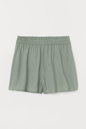 Wide-cut Shorts - Green