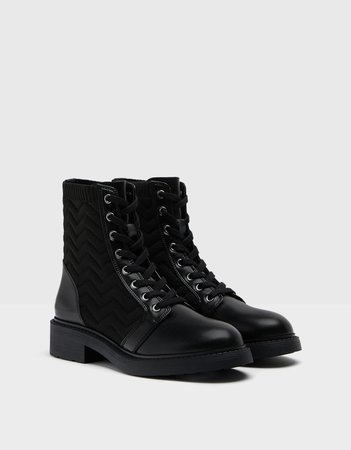 Flat sock-style ankle boots with contrasting detail - Shoes - Woman | Bershka