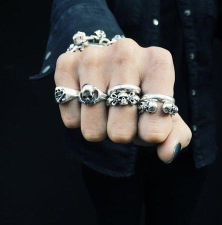 grunge rings
