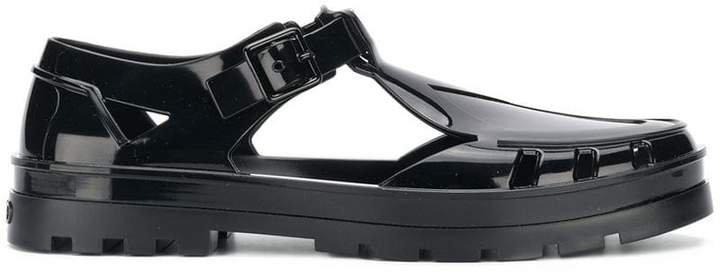 Sendai sandals
