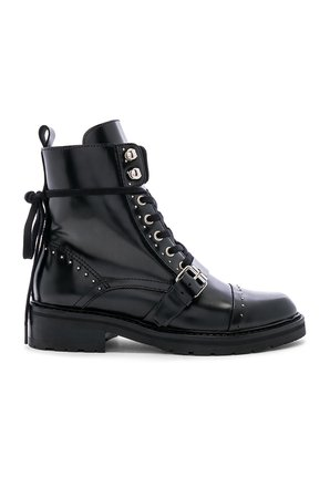 Dayna Boot