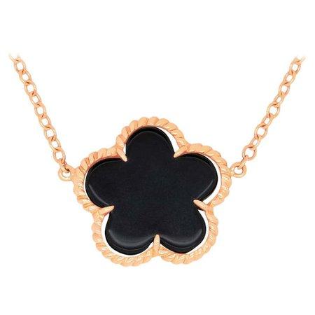 1.08 Carat Black Onyx Flower Necklace For Sale at 1stDibs