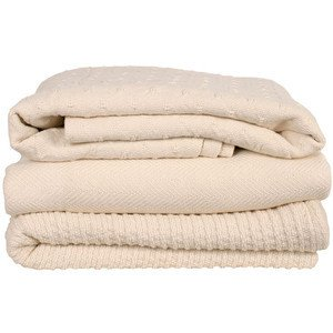 cream colored cotton blankets