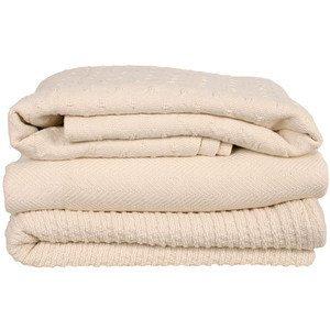 cream colored cotton blankets