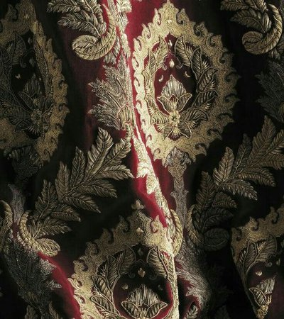 Gryffindor coloured fabric