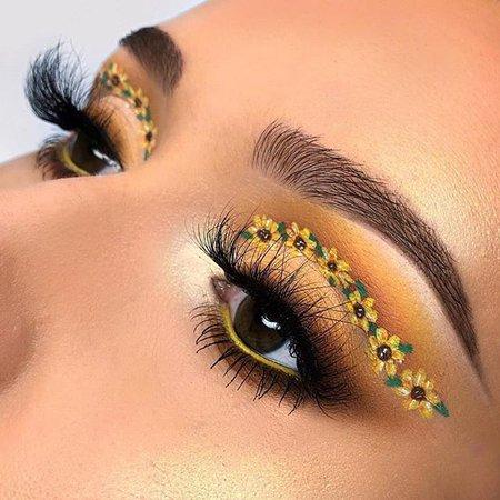 Sunflower Eyeshadow