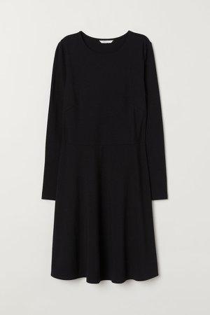 Long-sleeved Jersey Dress - Black