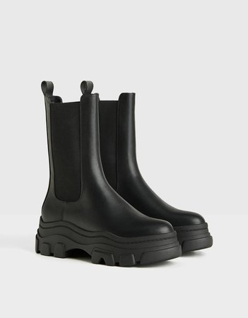 Stretch platform ankle boots with track soles - Shoes - Woman | Bershka