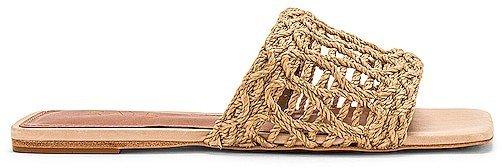Tiki Sandal