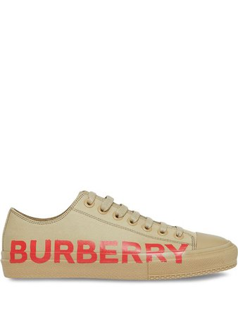 Shop Burberry logo-print low-top sneakers with Express Delivery - Farfetch