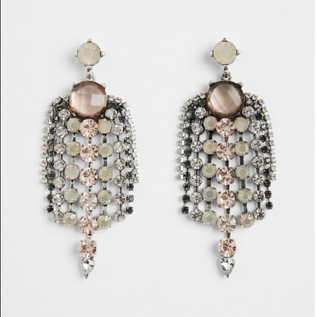 Express center Round stone earring