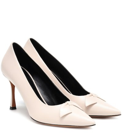 Champagne leather pumps