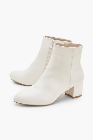 Basic Block Heel Shoe Boots | Boohoo