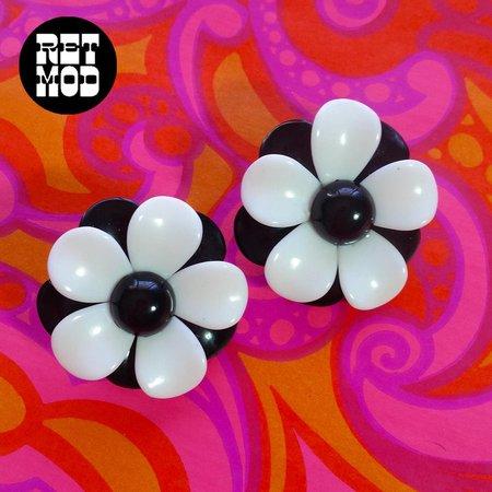Bold Flower Power Vintage 60s 70s Black & White Mod Retro | Etsy
