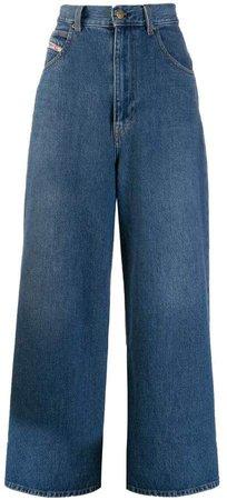 Wide D-Luite jeans