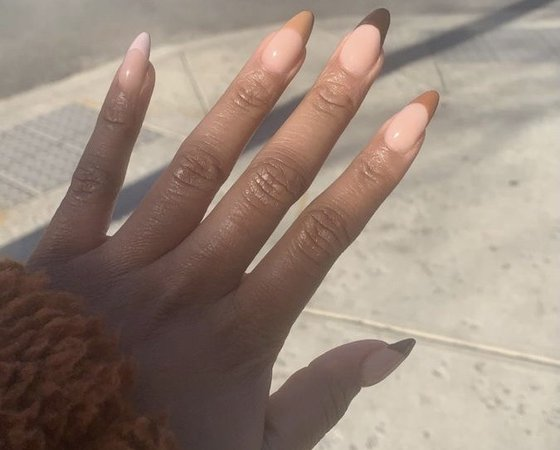 neutral acrylic nails