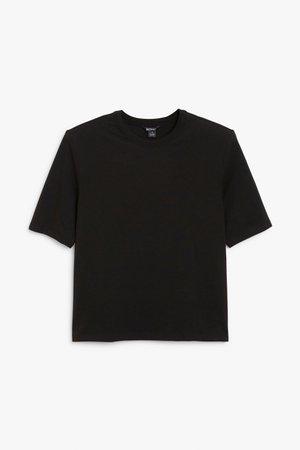 Shoulder pads t-shirt - Black - T-shirts - Monki WW