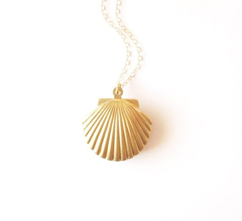 necklace with shell - Pesquisa Google