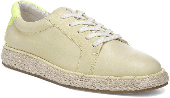 Quinn Sneaker