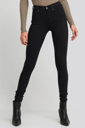 Plenty Jeans Schwarz | na-kd.com