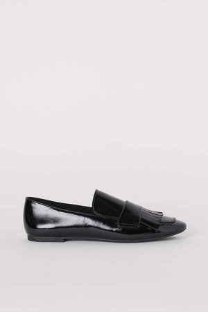 Loafers with Fringe - Black