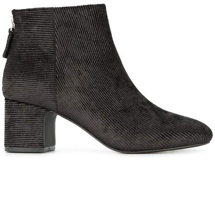 Nyra boots
