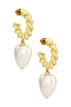Casa Clara Hampton Earrings in Pearl | REVOLVE