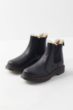 Dr. Martens 2976 Leonore Wyoming Boot | Urban Outfitters