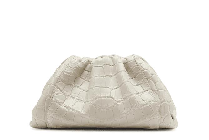 Bottega Veneta выпустил новую модель сумки - Pouch | Buro 24/7