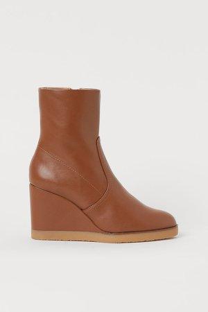 Wedge-heel Boots - Beige