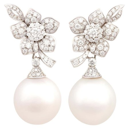 Ella Gafter South Sea Pearl Diamond White Gold Flower Earrings For Sale at 1stDibs