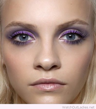 Purple eyeshadow 1