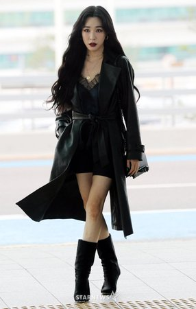 star news somi at incheon airport