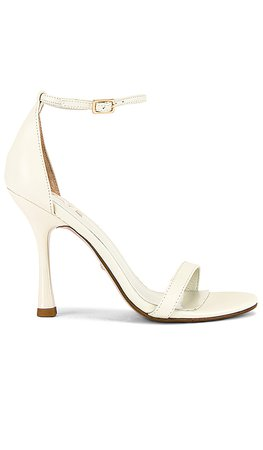 RAYE Lizz Heel in White | REVOLVE