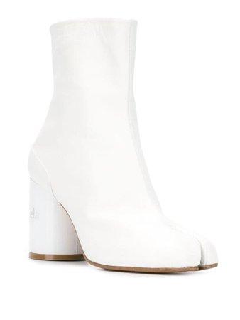 Maison Margiela White Tabi Boots | Farfetch.com